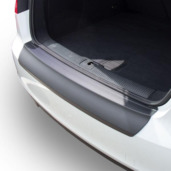 Travall® Protector-parachoques liso para Audi A3/S3 3 Puertas Hatchback (2012 >)