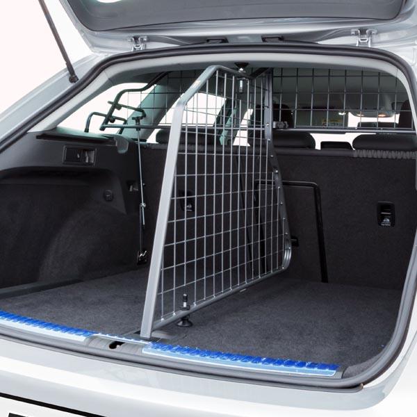 travall divider para seat leon st 2013. Black Bedroom Furniture Sets. Home Design Ideas